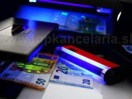 Kontrola peňazí UV testerom na bankovky